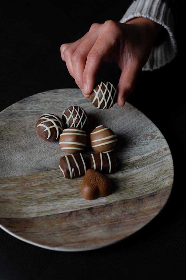 Čokoladni poljupci sa smeđim šećerom