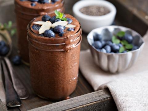 Veganski napitak od čokolade i chia semenki