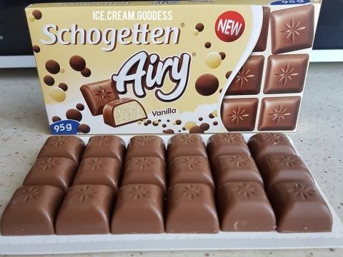 Schogetten airy vanila čokolada - poklon koji mami osmehe