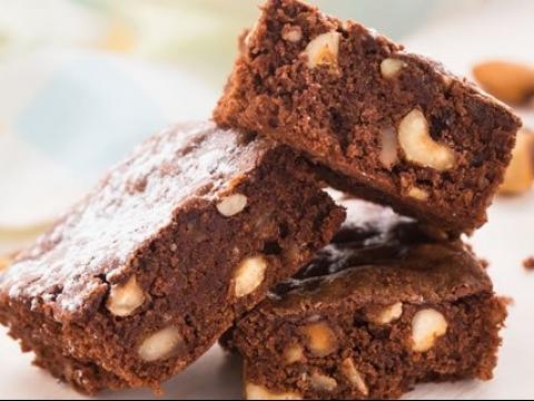 Čokoladne kocke sa orasima