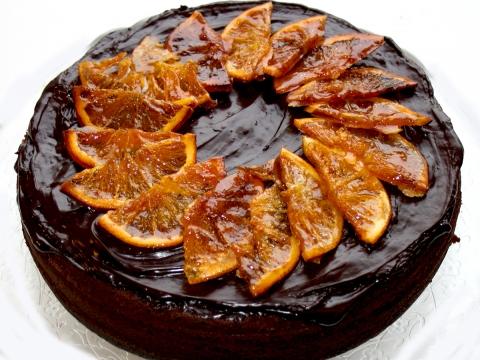 Čokoladna torta sa tropskim voćem