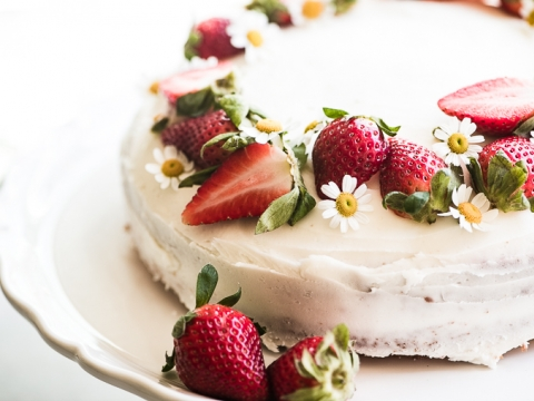 Čokoladna bela torta