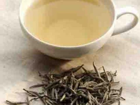 Organski beli čaj-tinktura mladosti i lepote