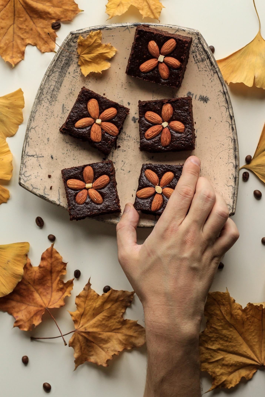 Čokoladni badem kolač