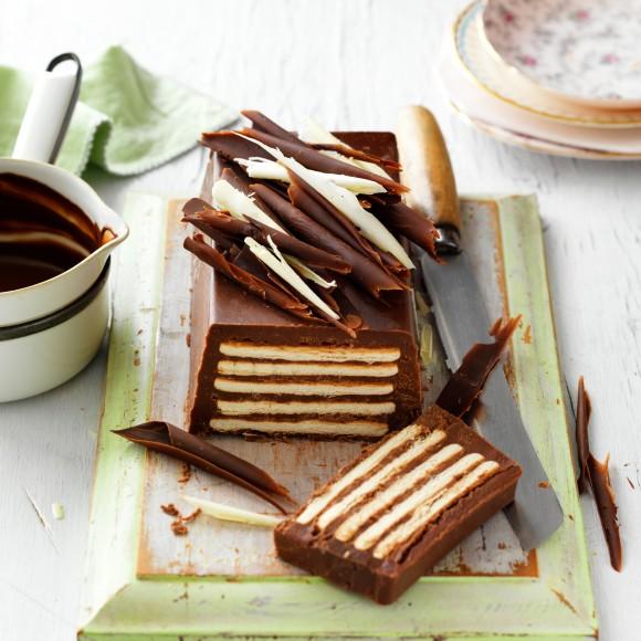 Kolač sa čokoladom i keksom (bez pečenja)